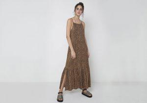 vestido longo estampa animal print de oncinha