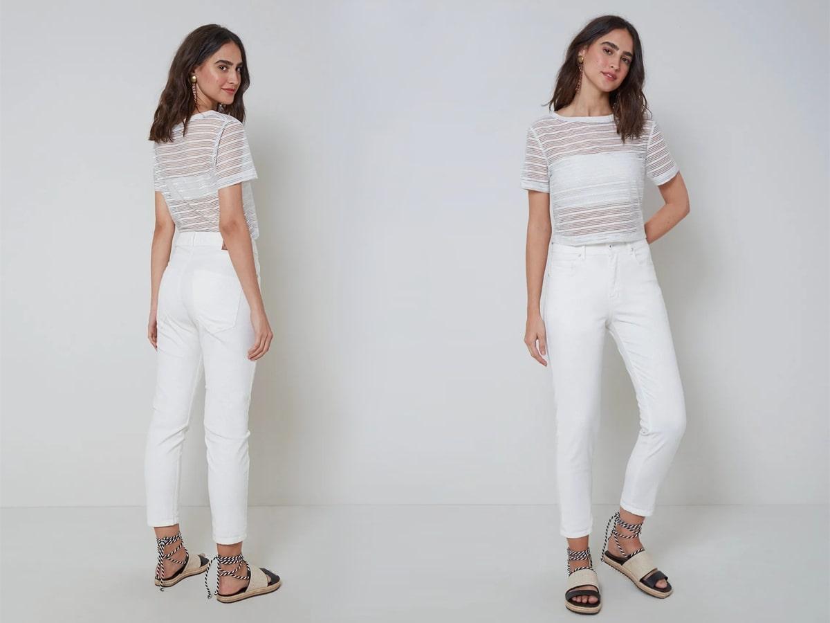 calça branca com t-shirt branca