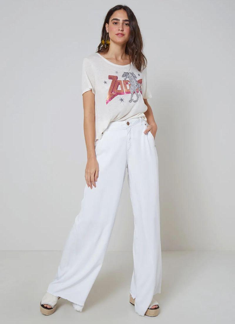 calça pantalona branca com t-shirt branca