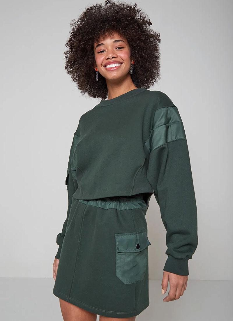 conjunto moletom saia e blusa manga longa