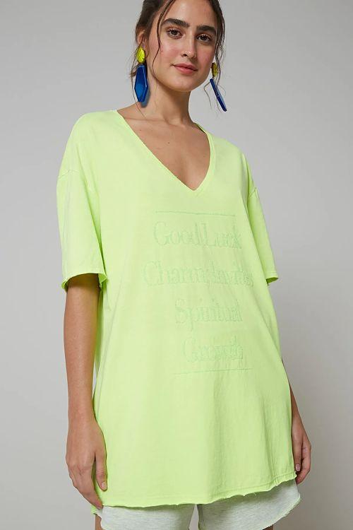 camiseta oversized verde neon